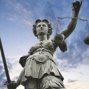 Il tasso di mora deve essere valutato per il reato di usura anche solo se promesso